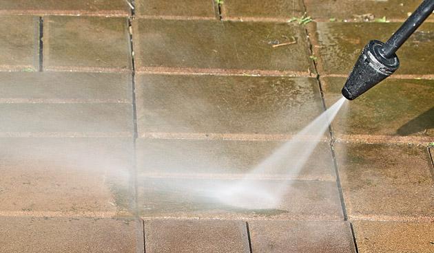 10 tips voor onderhoudsvriendelijke bestrating in je tuin