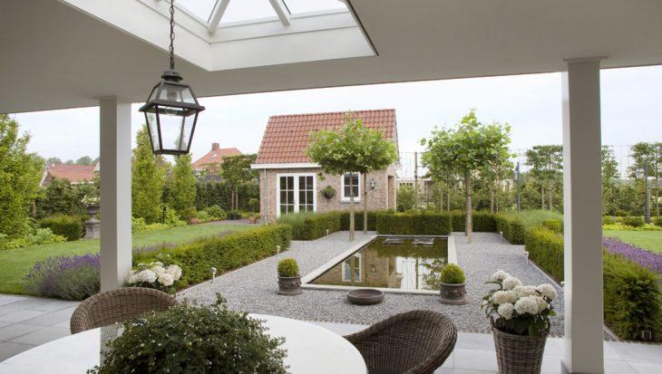 Riante tuin in klassieke sfeer