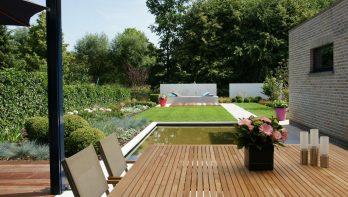 Onderhoudsvriendelijke tuin in hedendaags jasje