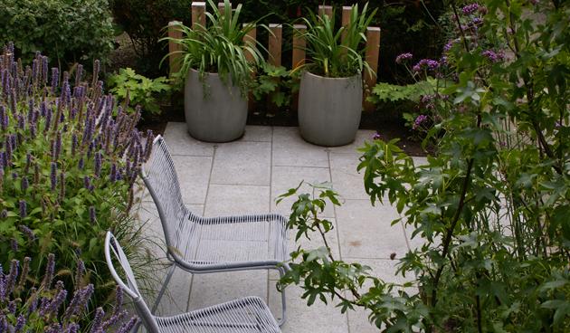 tuinontwerpvoortuin, praktische voortuin, Antoon Gouw Tuinen, tuinontwerp