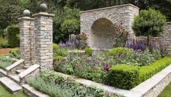Traditioneel Engels, Chelsea Flower Show, tuinontwerp, Engelse tuin, kleurrijke borders, Artisan Gardens, Janine Crimmins, TuinSeizoen
